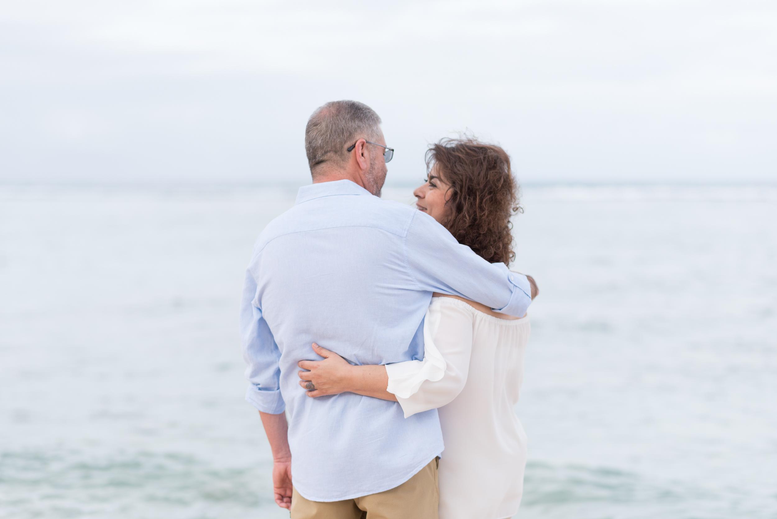 CouplesSessionTaragueGuamPhotographer-ROXANNEAUGUSTA-2.jpg