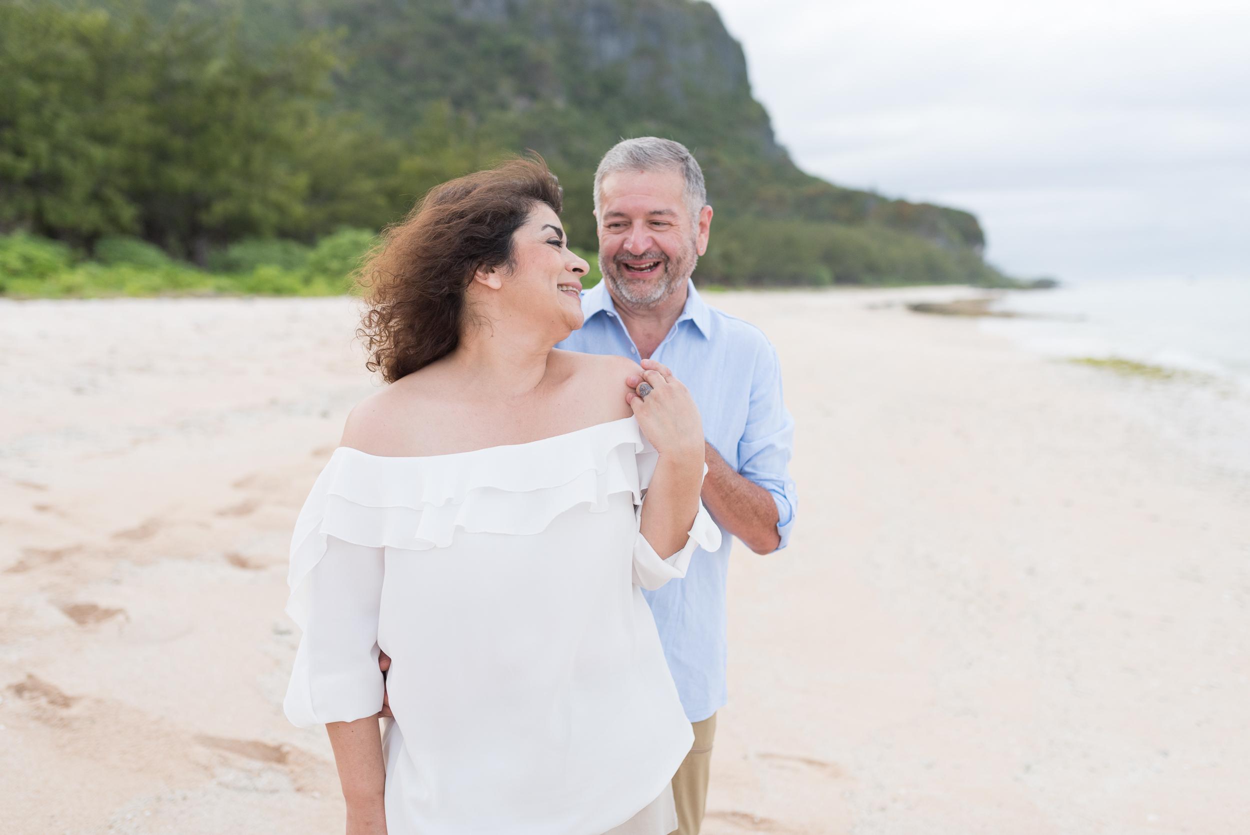 CouplesSessionTaragueGuamPhotographer-ROXANNEAUGUSTA-4.jpg