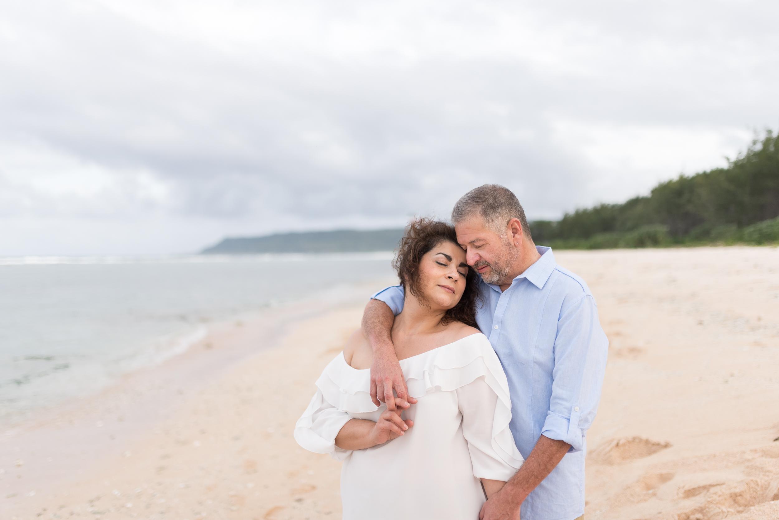CouplesSessionTaragueGuamPhotographer-ROXANNEAUGUSTA-13.jpg