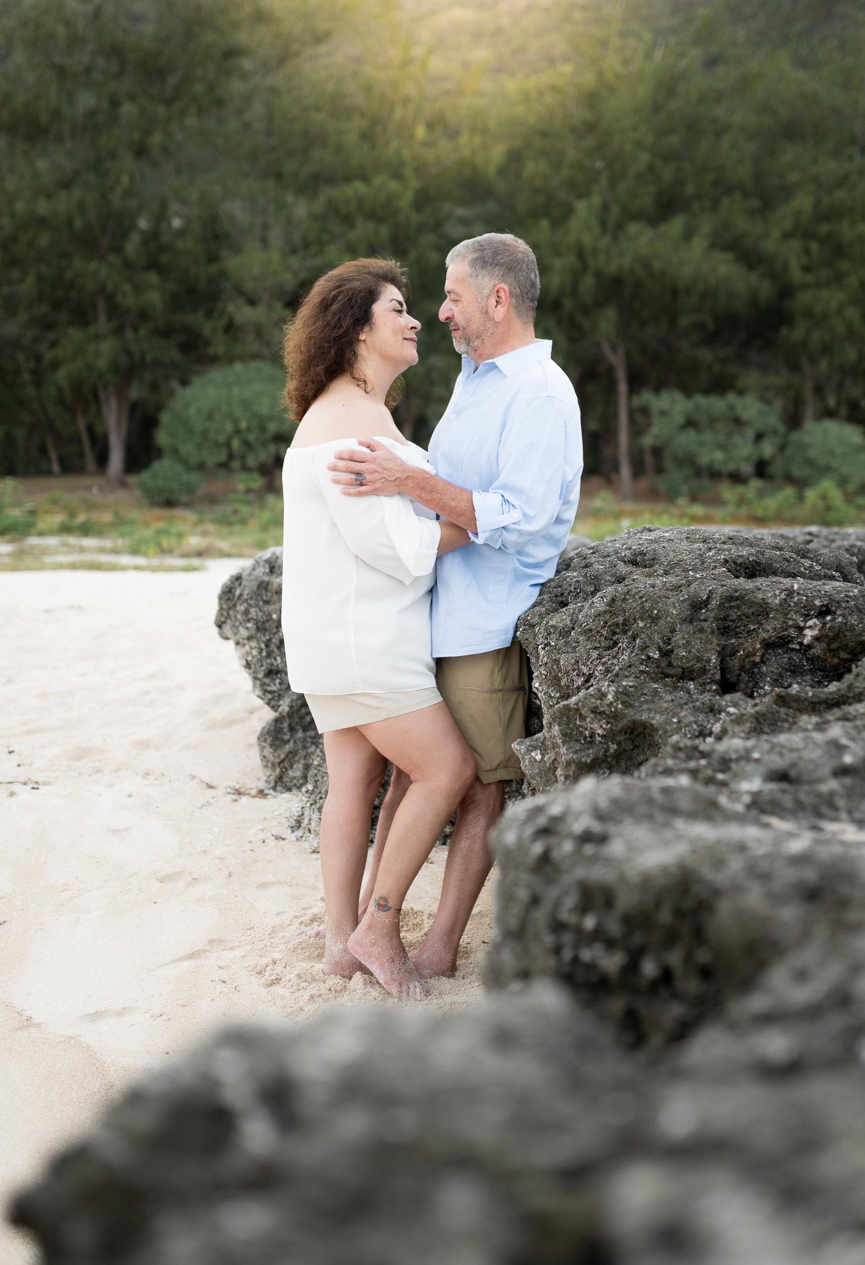 CouplesSessionTaragueGuamPhotographer-ROXANNEAUGUSTA-15.jpg