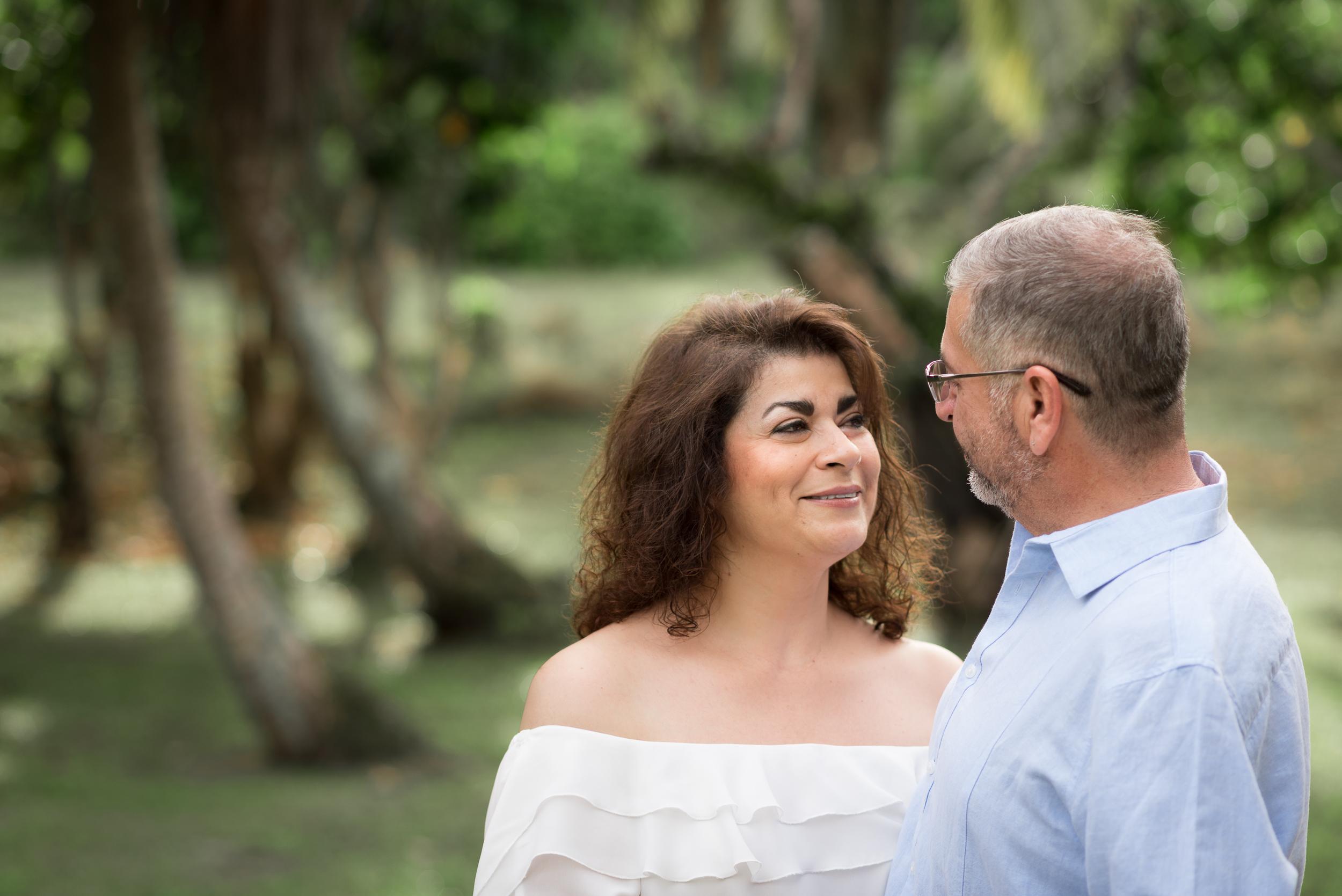 CouplesSessionTaragueGuamPhotographer-ROXANNEAUGUSTA.jpg