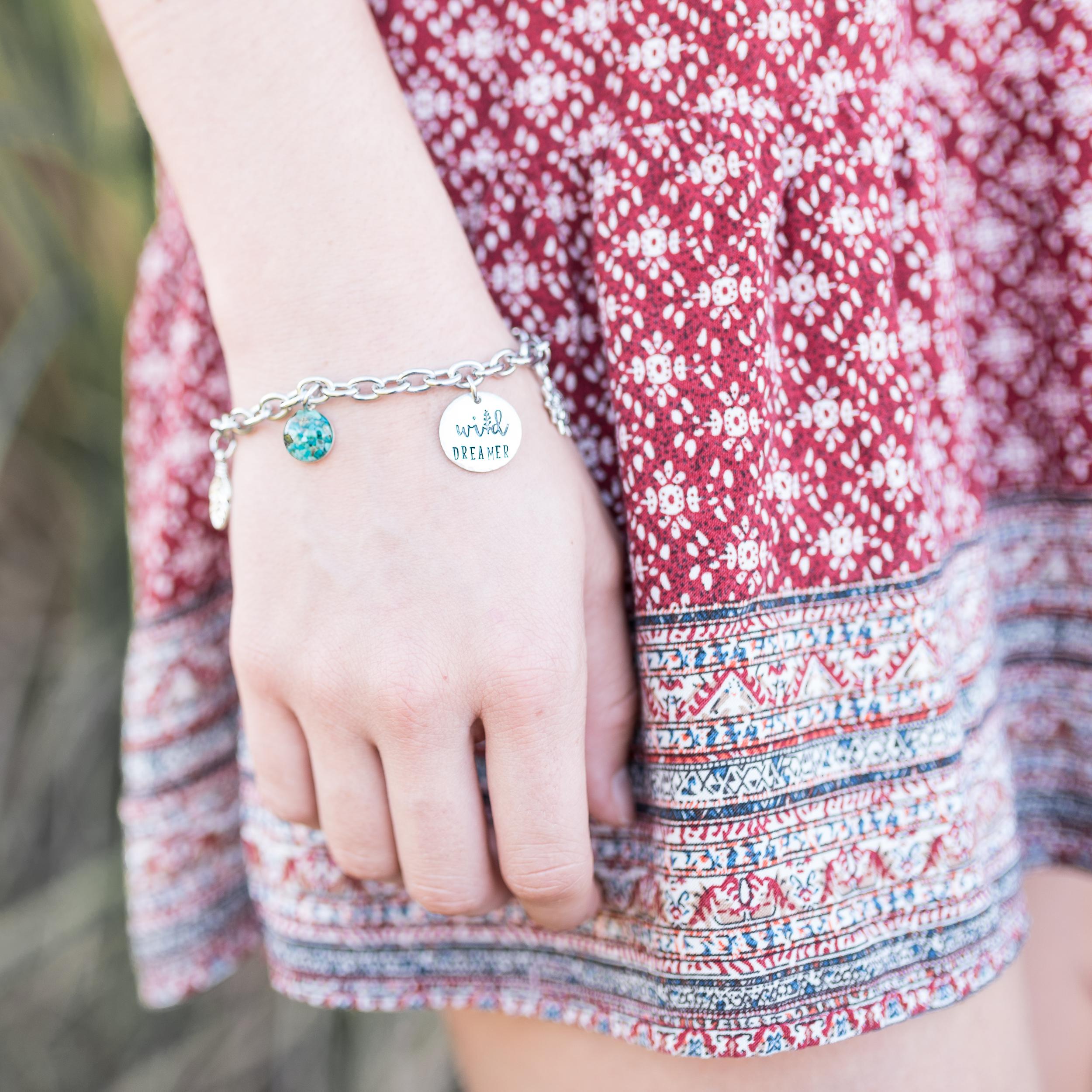 jewelry-branding-photography-guam-roxanne-augusta-10.jpg