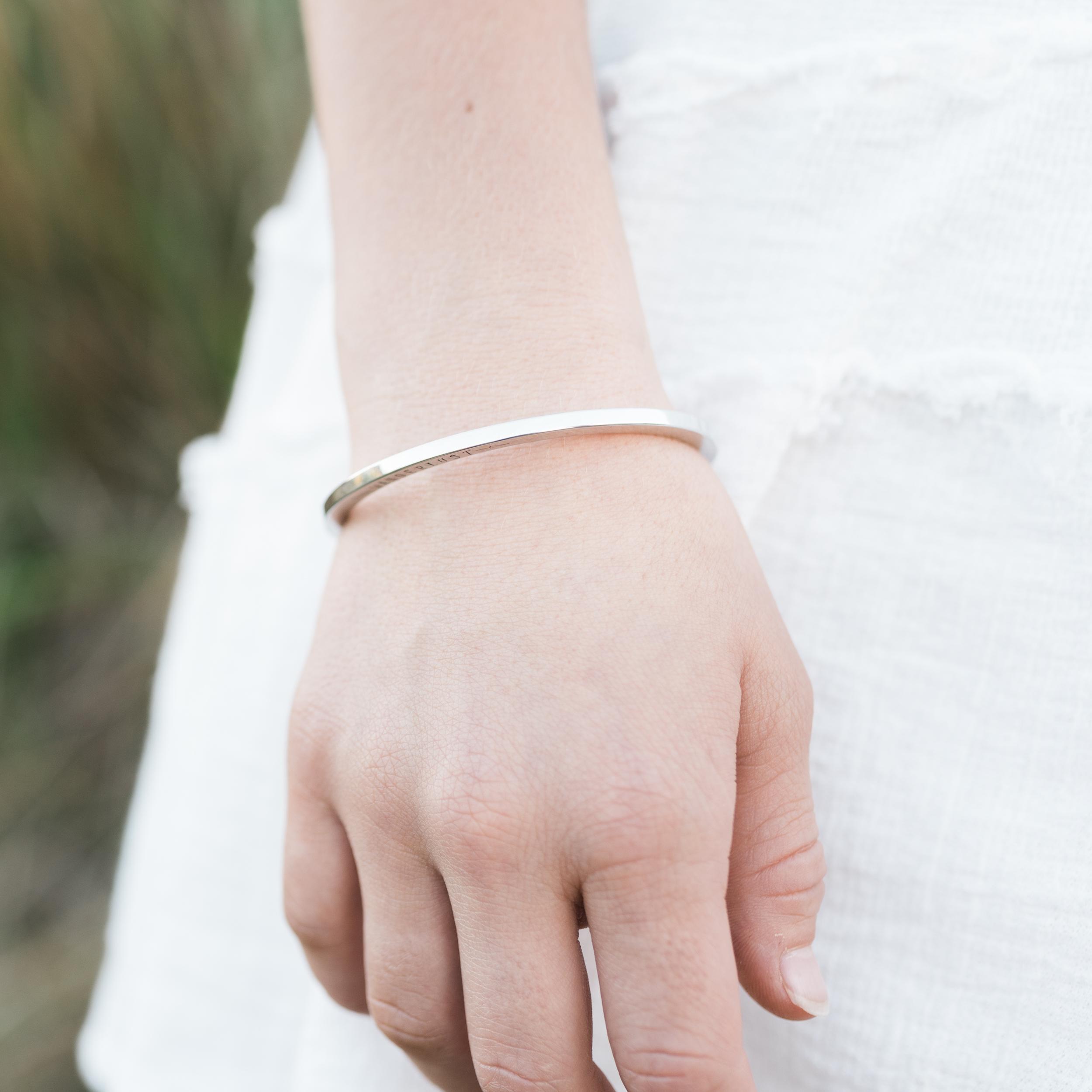 jewelry-branding-photography-guam-roxanne-augusta-18.jpg