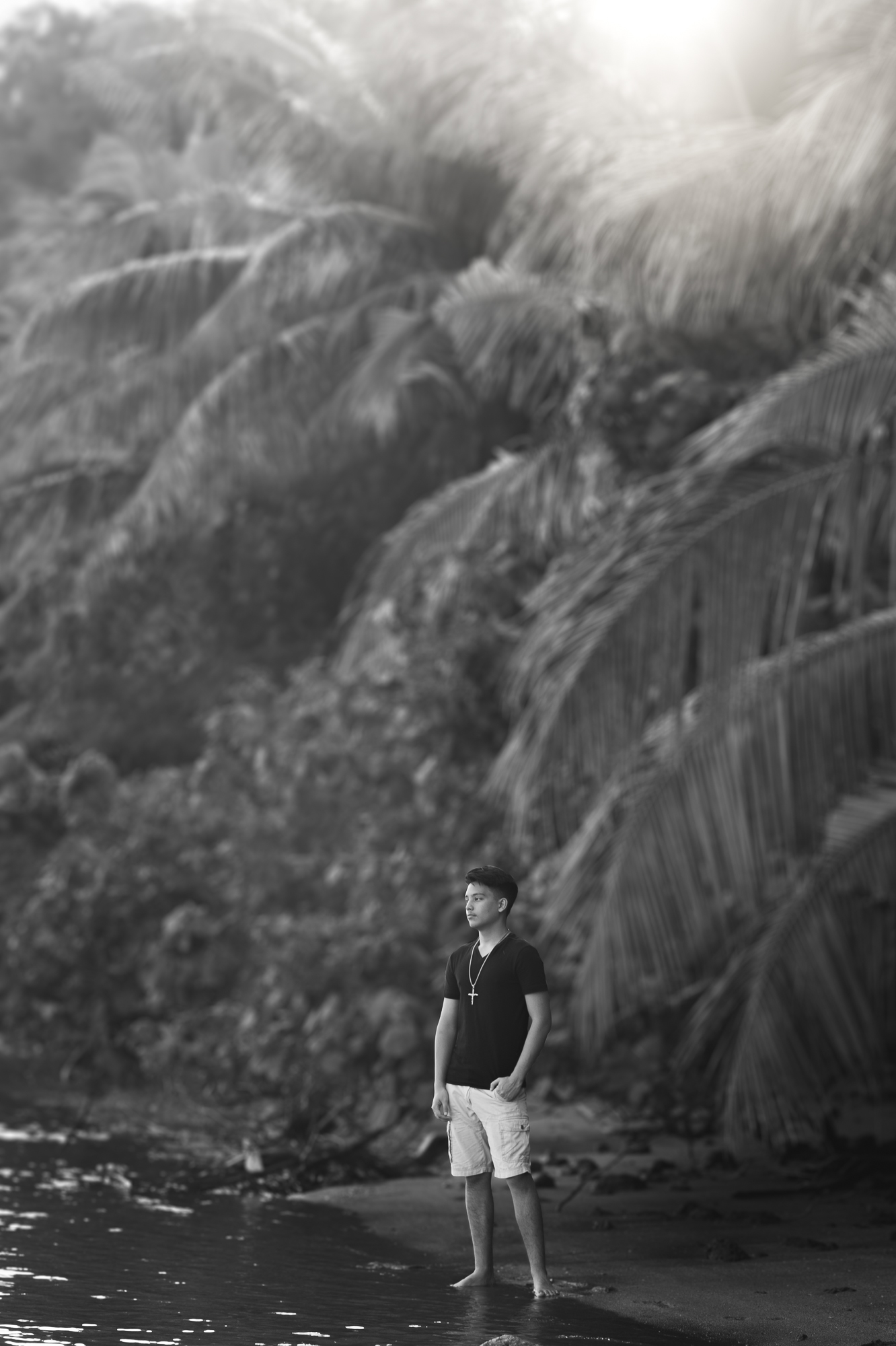 senior-male-merizo-guam-roxanne-augusta-photographer-2.jpg