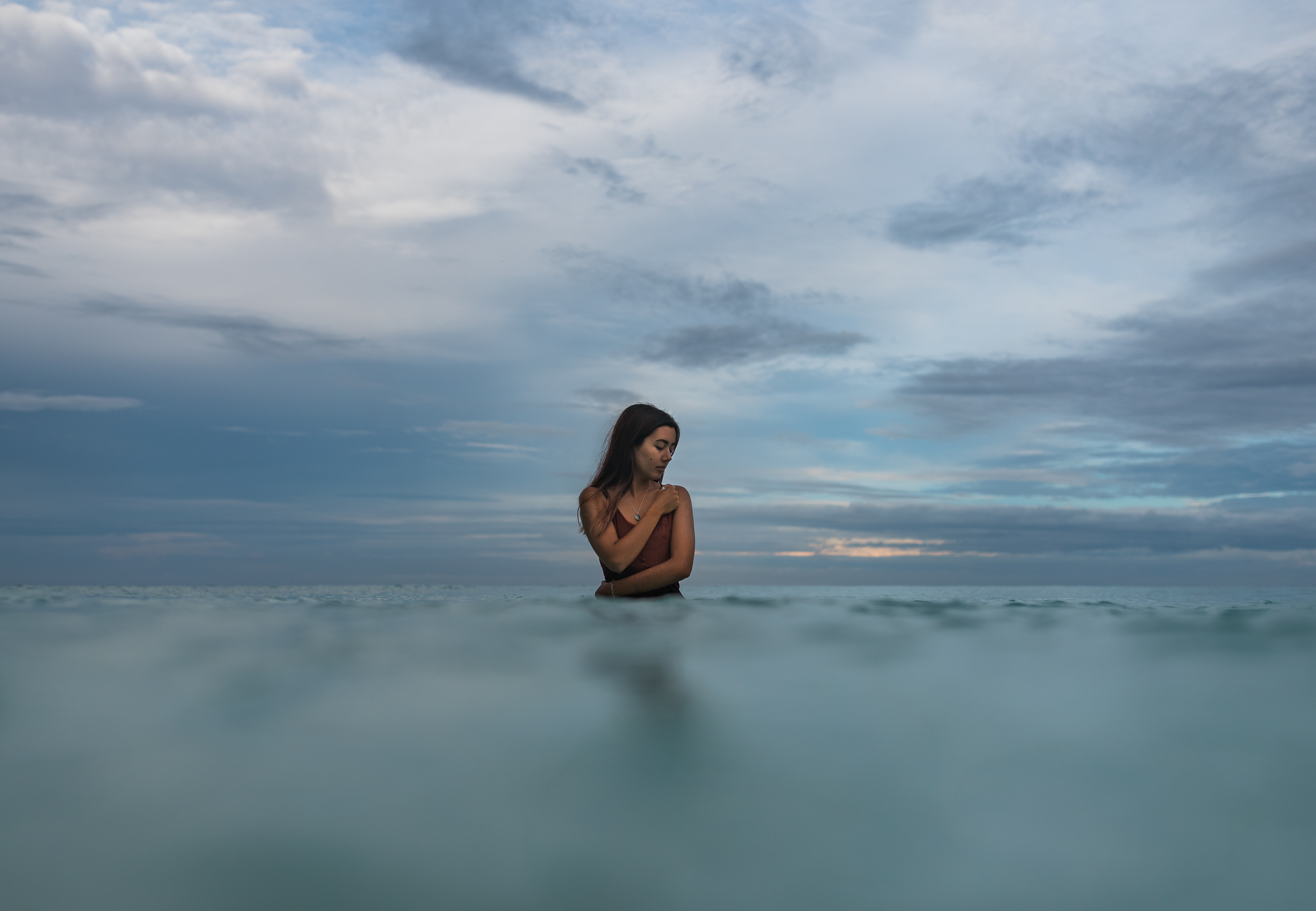 woman-model-branding-photography-tumon-guam-roxanne-augusta-6.jpg