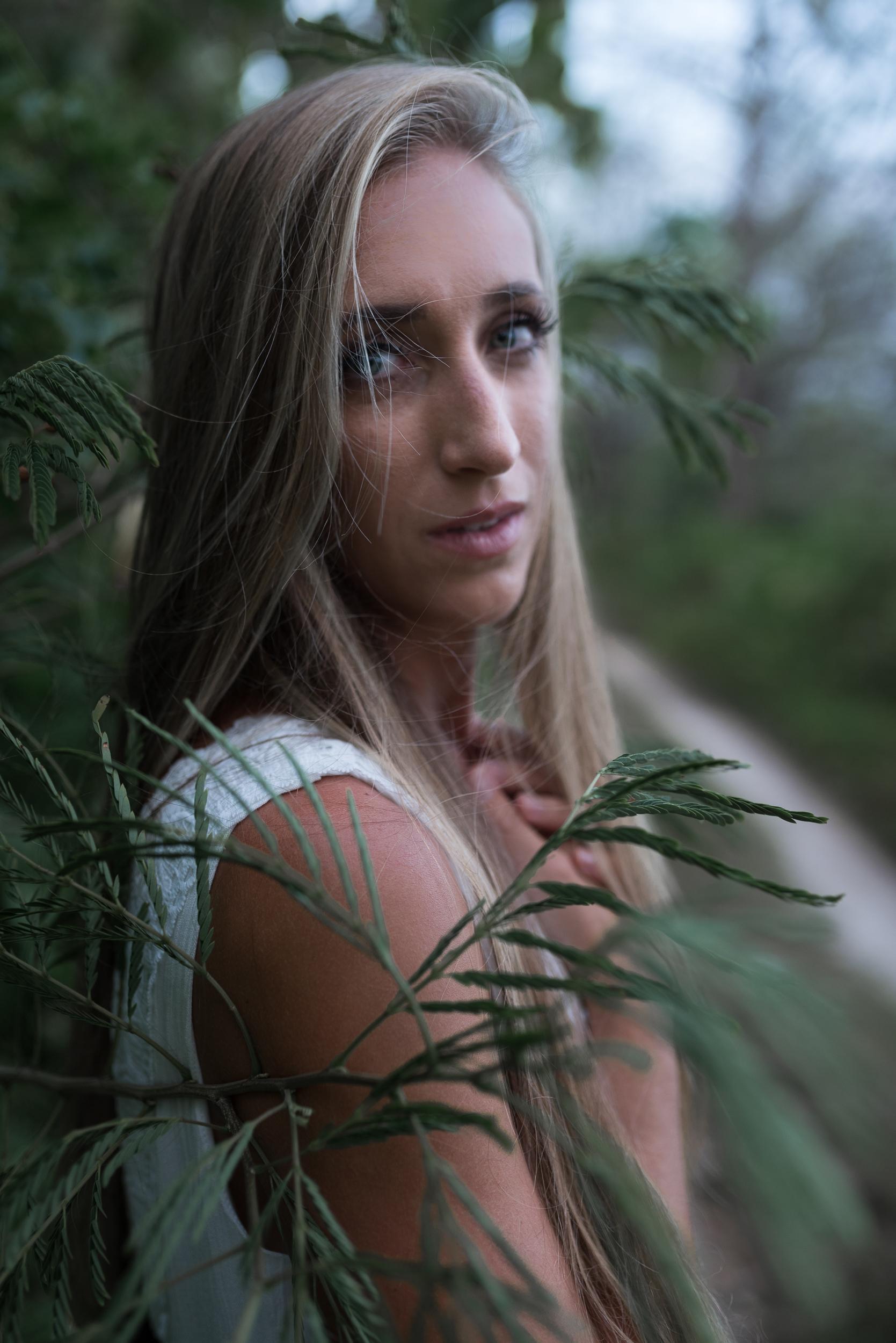 woman-guam-portrait-photographer-ipan-roxanne-augusta-11.jpg