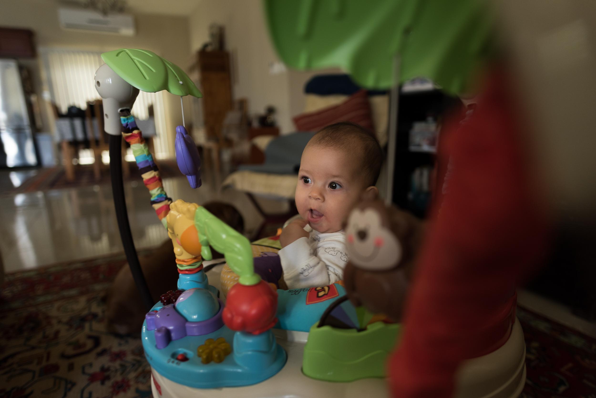baby-year-one-motherhood-roxanne-augusta-guam-photography-12.jpg
