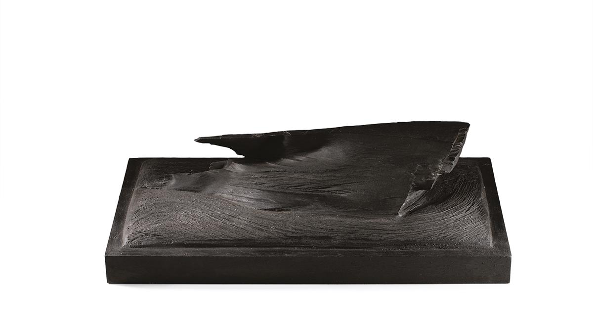 Vague noire — H 16 cm - L 30x50 cm