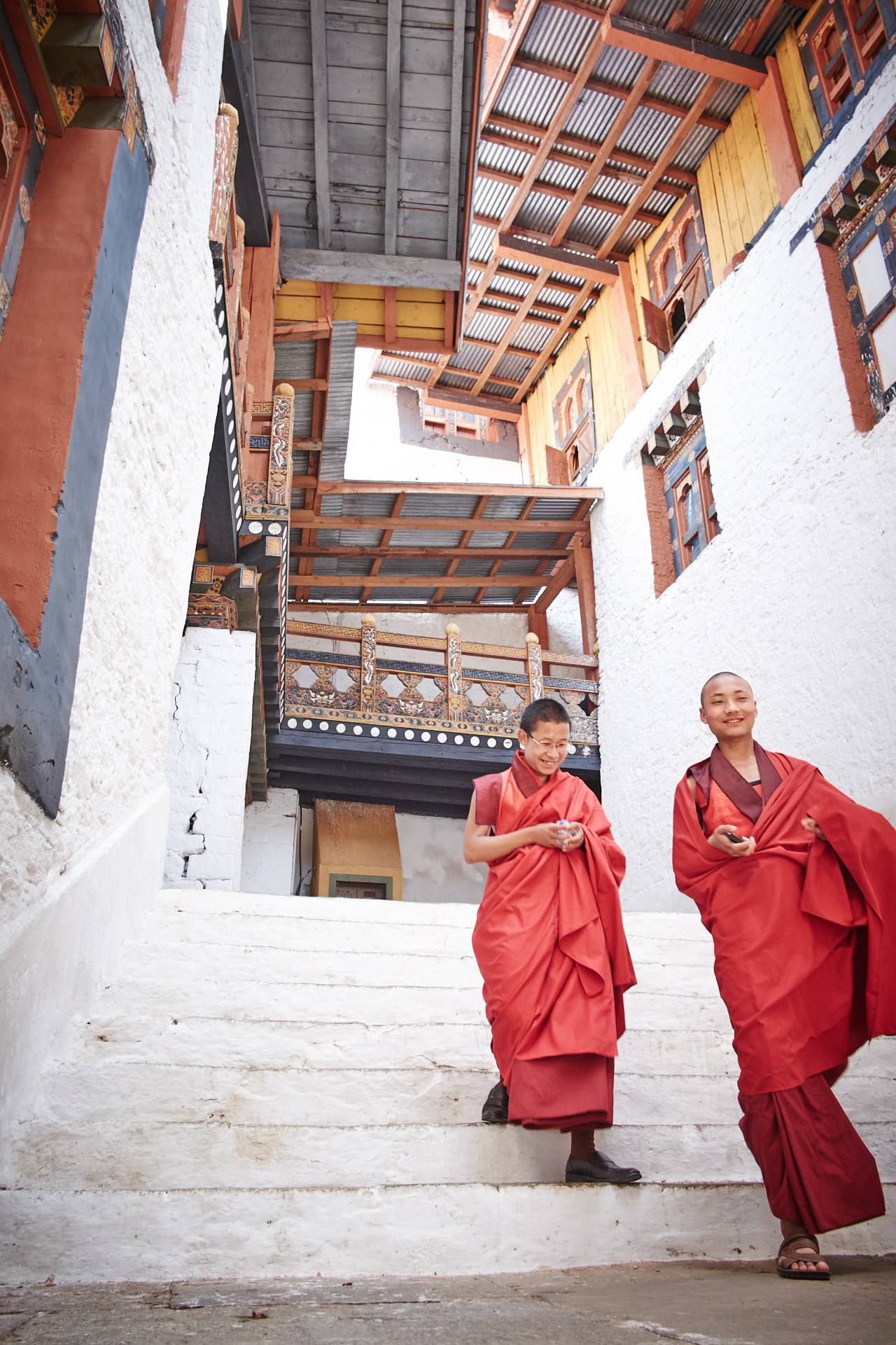 Meet the monks at Phunakha Dzong