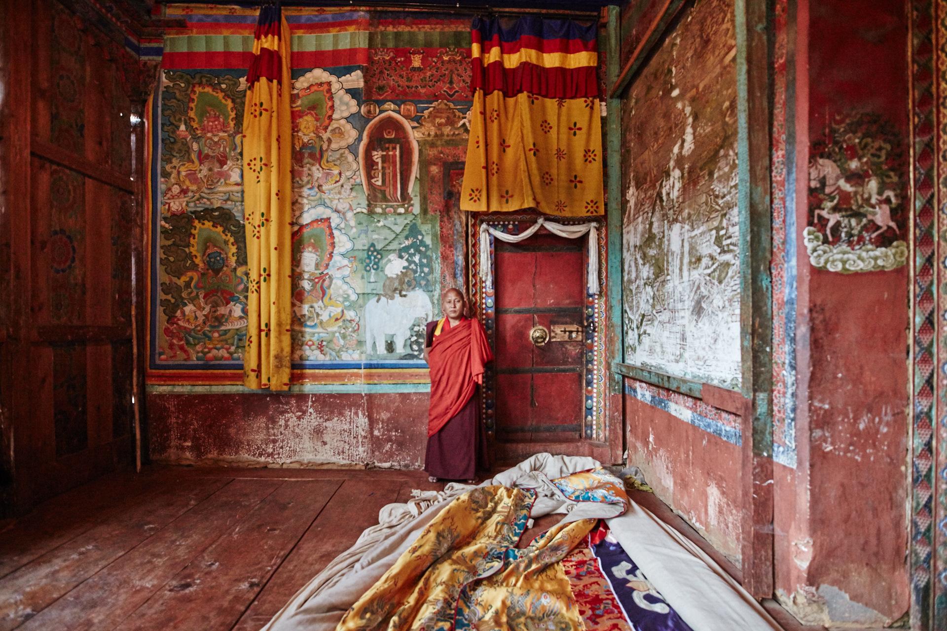 Trongsa Dzong _BSR0777.jpg