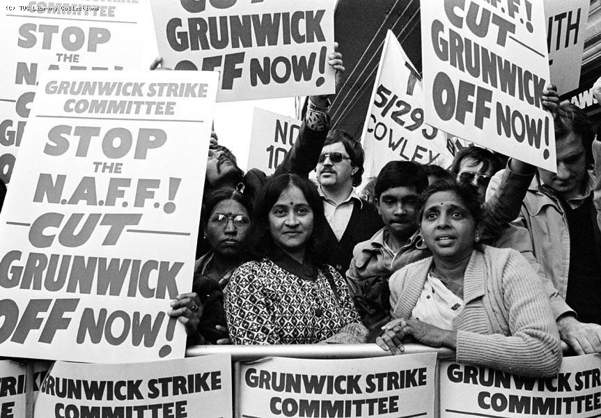 Grunwick strikers in 1977 © TUC Library Collections, part of Special Collections at London Metropolitan University