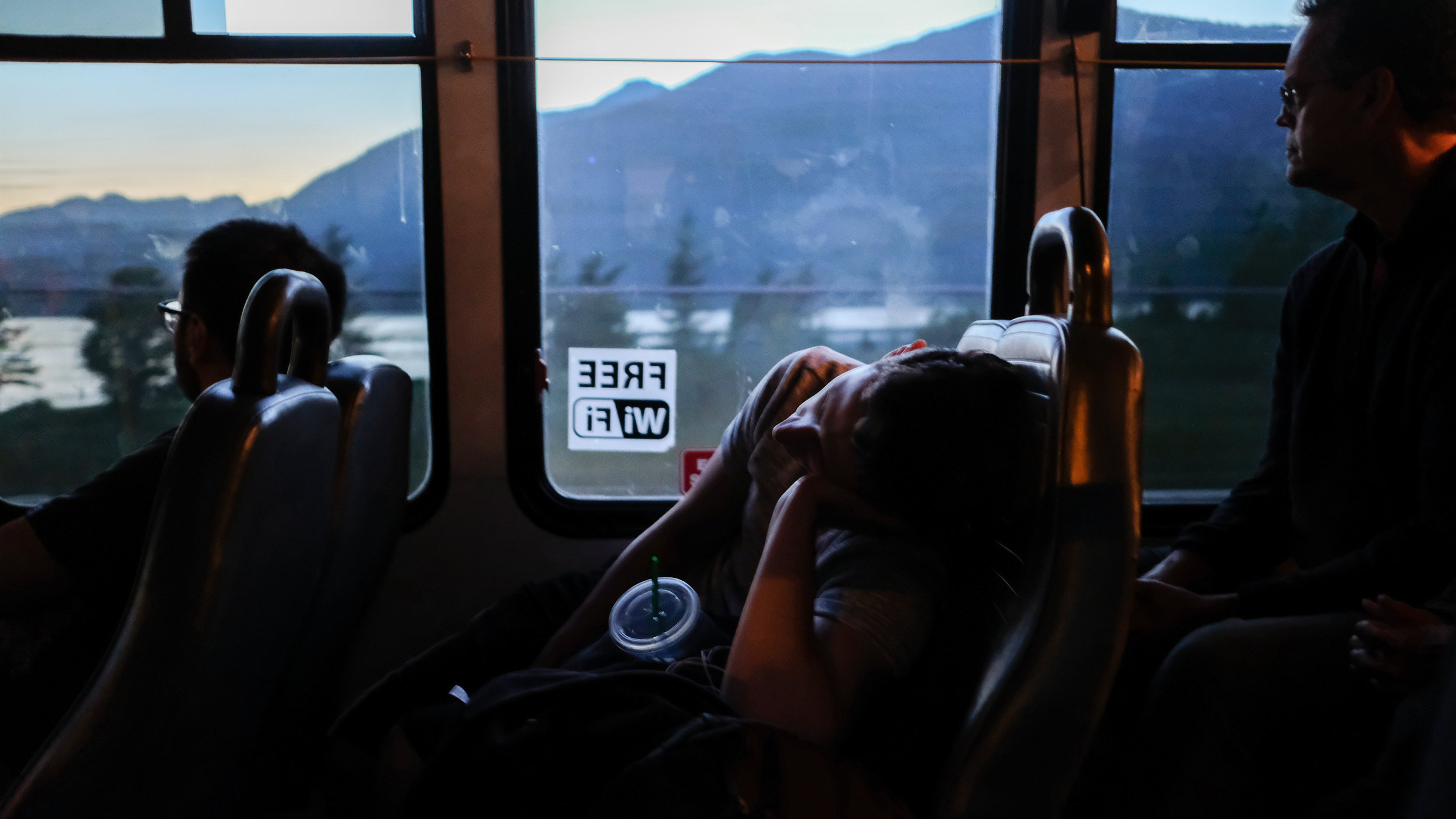 01_VANCOUVER_Whisler-bus.jpg