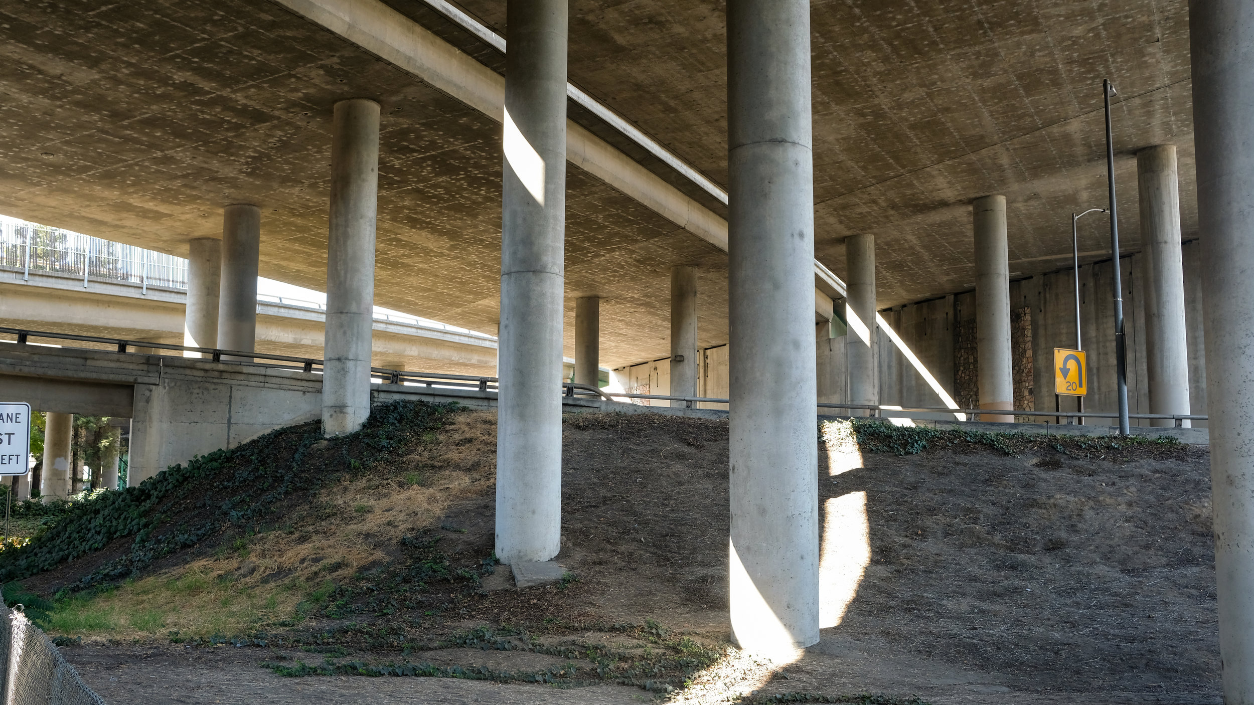 13_SACRAMENTO_concrete.jpg