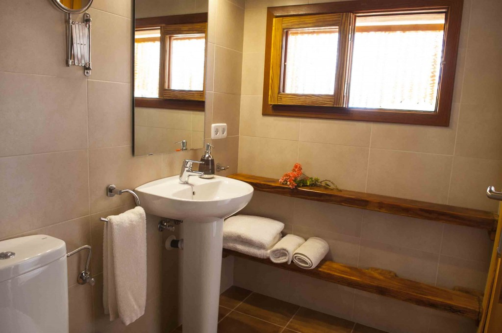 Bathroom-SonArtigues.jpg