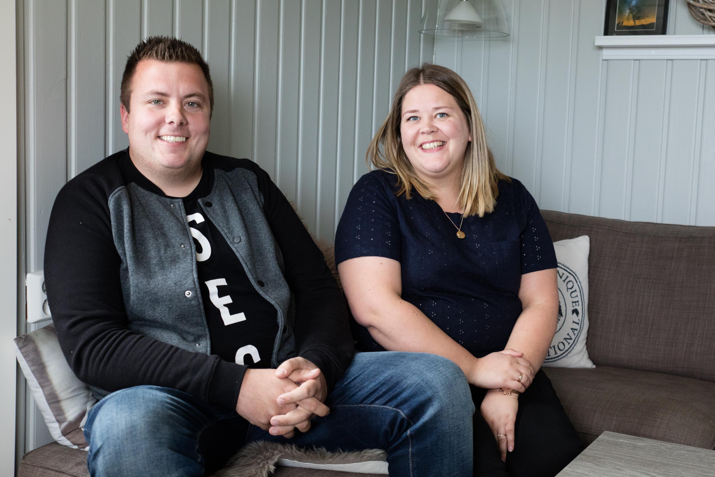 Erik og Emma Marie Sivertsen, er de heldige vinnerne av tid for roms Drømmehytta. Det glade budskap fikk det unge paret på selveste bryllupsdagen.