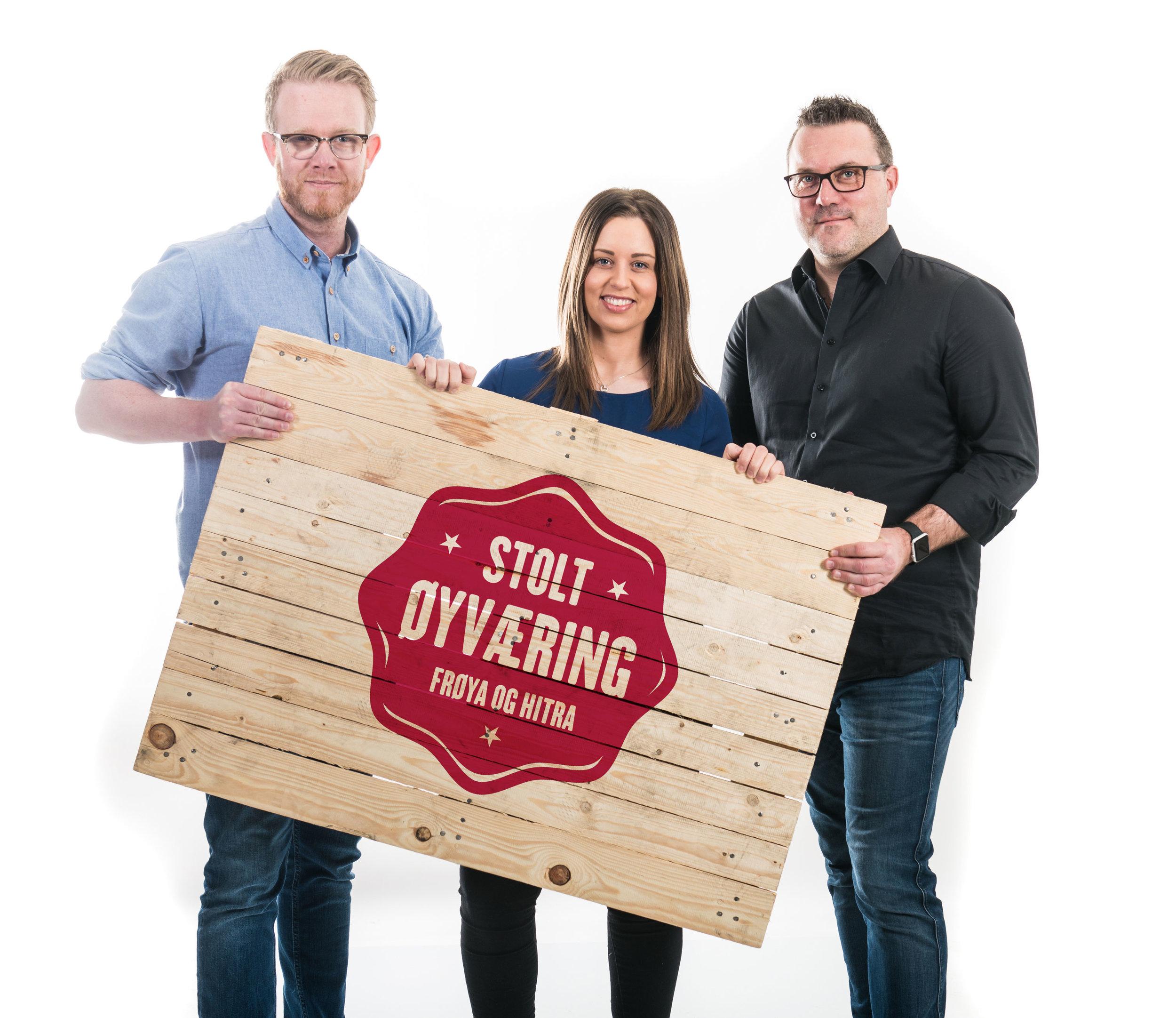Renate, Aleksander og Eskil er alle øyværinger med stor lokalkunnskap som kommer hytte- og boligkjøpere tilgode.