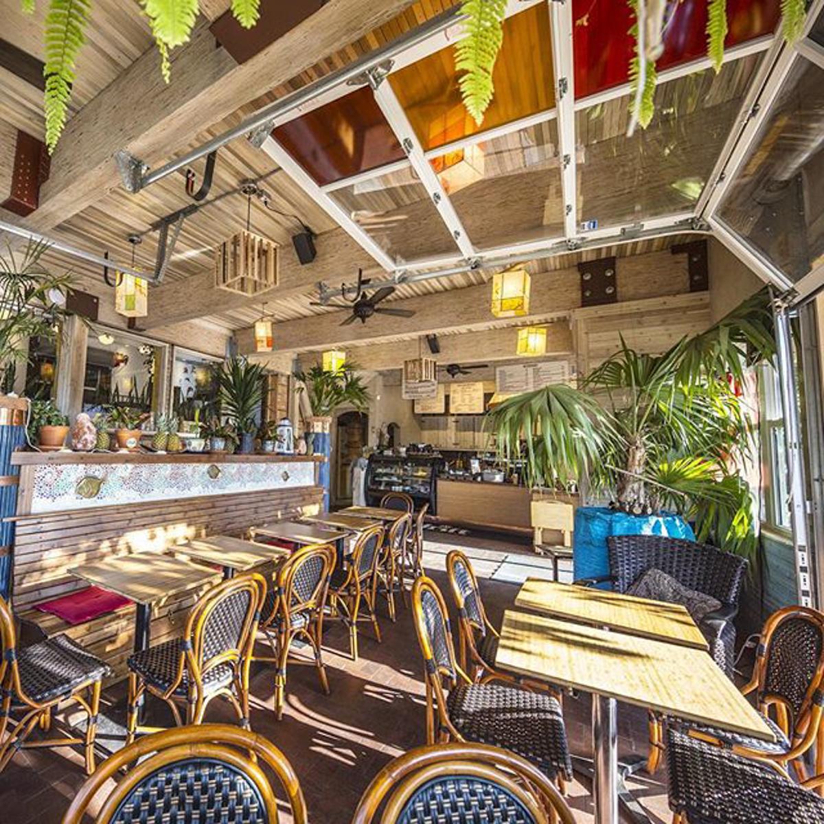 Drift Sidewalk Café & Vista Lounge | Saskatoon Restaurant--121.JPG
