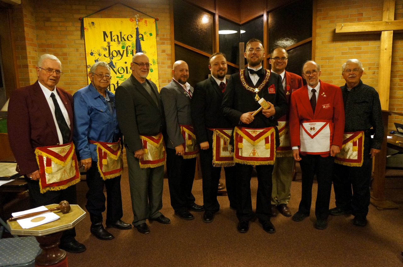 Congratulations to the 2015-2016 officers of Washtenaw Chapter No. 6, Royal Arch Masons, and our new Excellent High Priest, Jake Foster.