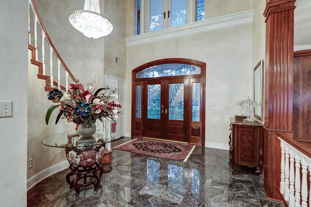 Foyer: Before (Entrance to formal dining on right)