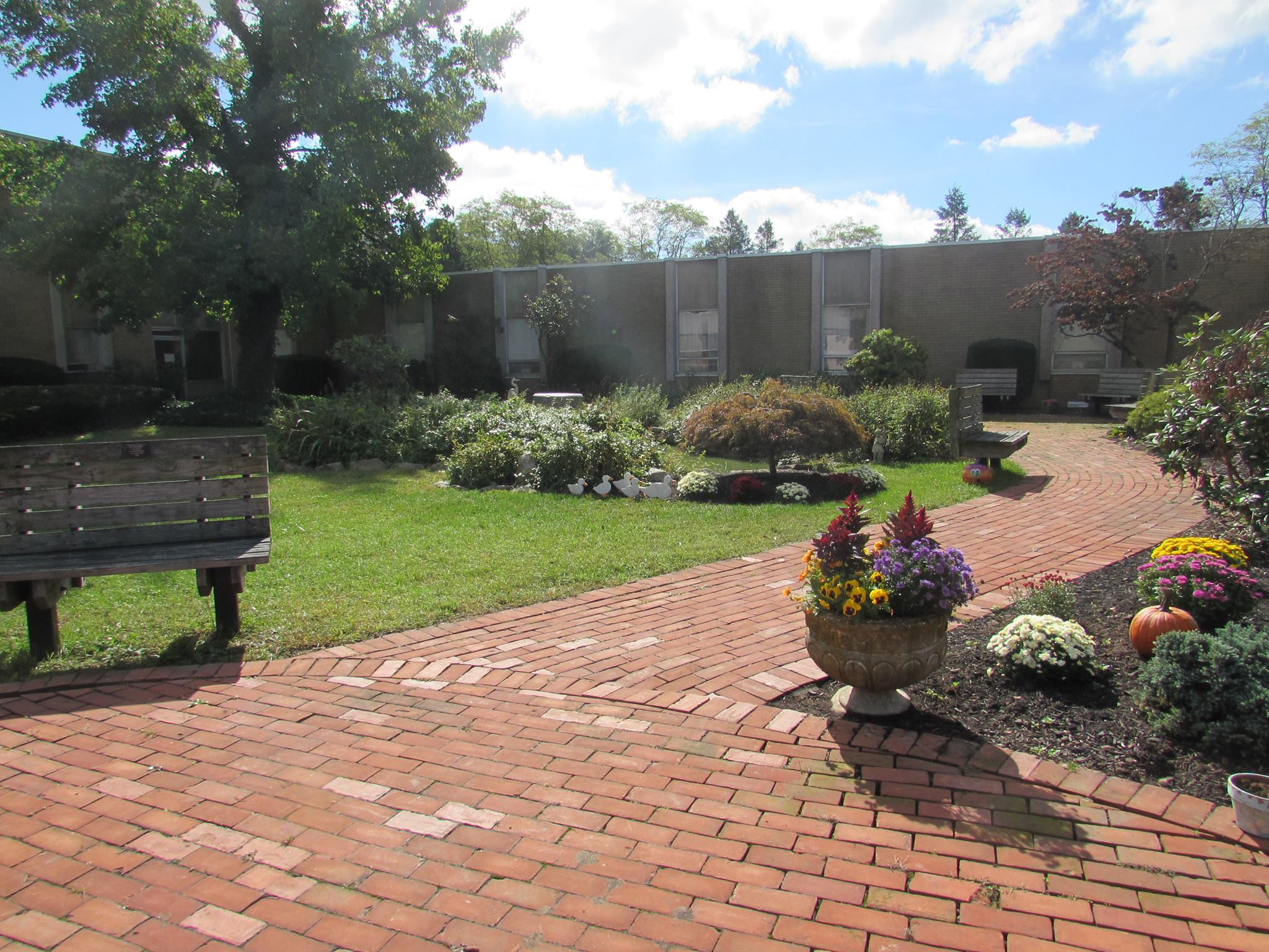 Woodhaven Center of Care $12,800,000 BR - 232/223(f) Port Jefferson Station, NY 181 beds May 2019
