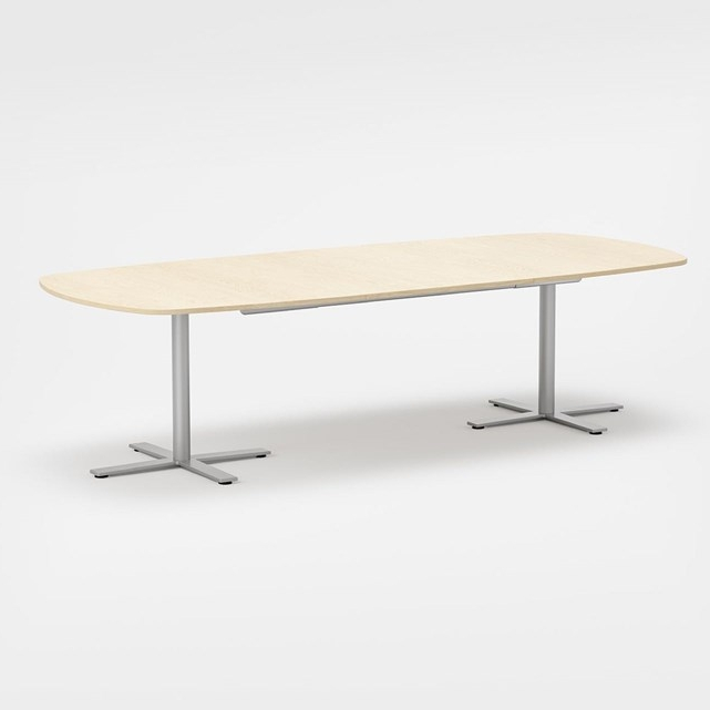 Meetings play an increasingly important role in the workplace. The Oberon meeting table comes in a great variety of sizes, shapes and solutions, always designed with dialogue and brainstorming sessions in mind.