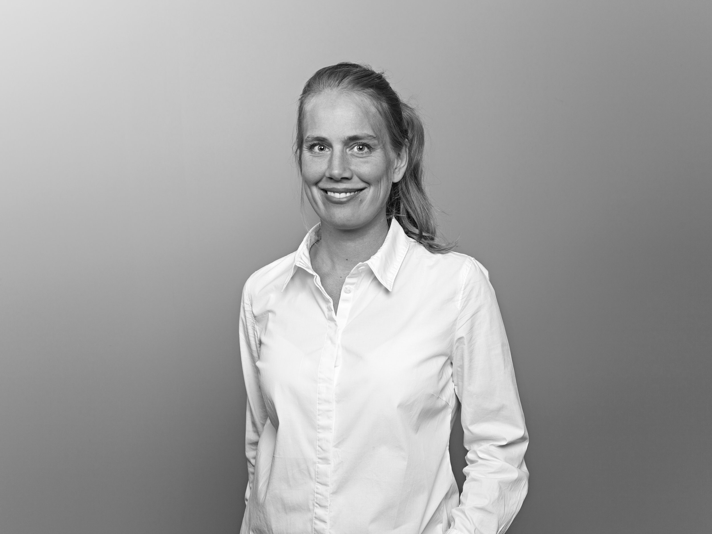 Ingrid Wingård.  Architect and furniture designer, educated in Lund and Chalmers School of Architecture (Sweden). Ingrid is strong in conceptual aspects and has a great material sense. Her interest in old modernist furniture often contributes to the contemporary work of the studio.