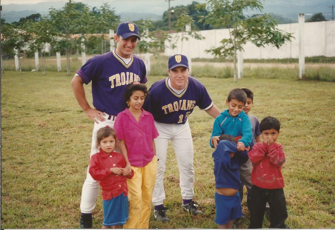 Taylor University Baseball - Honduras