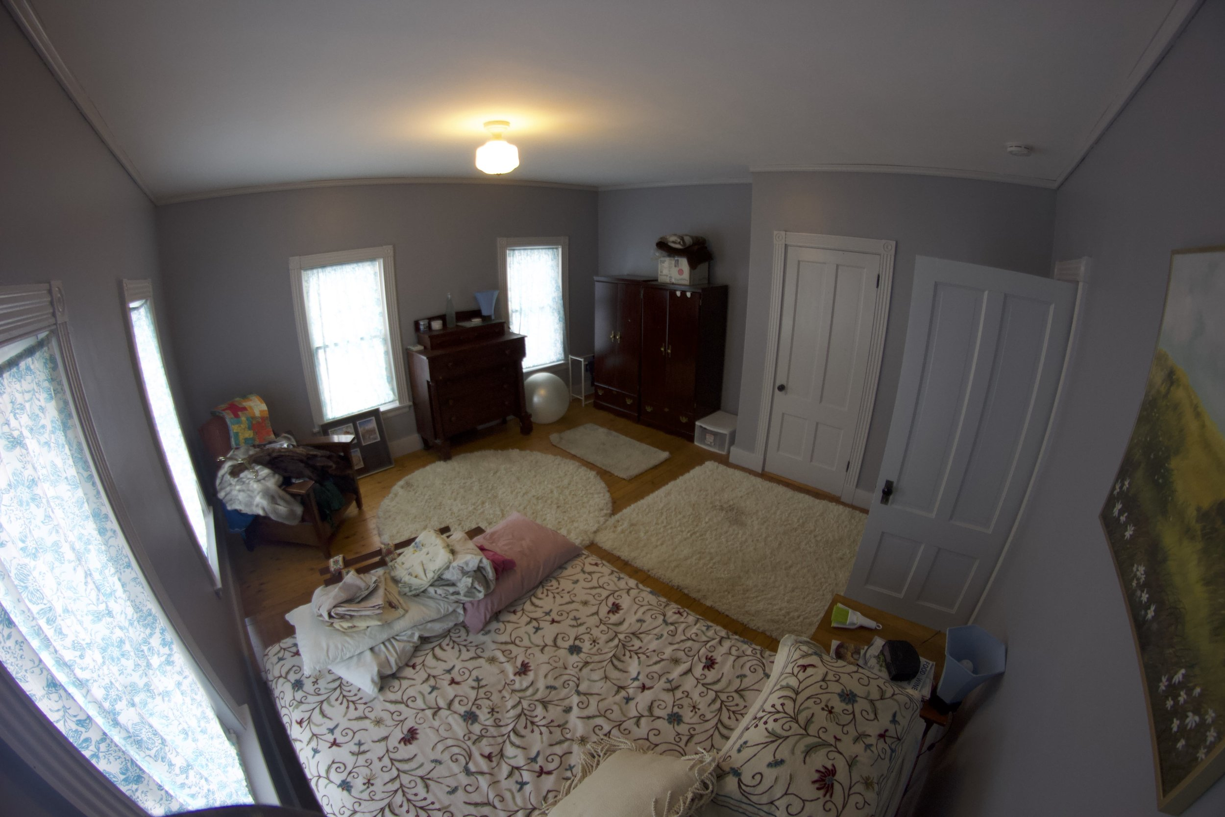 Interior painting, bedroom, after picture. Finished. Trim+walls