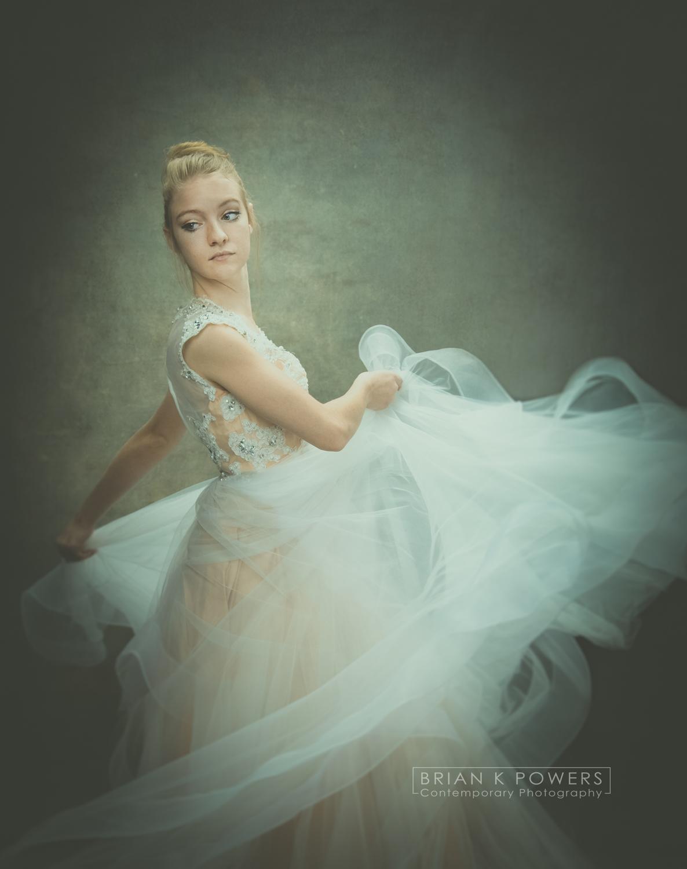 2017_02_16-WMU Dancer Cayla V2-119-01b logo.jpg