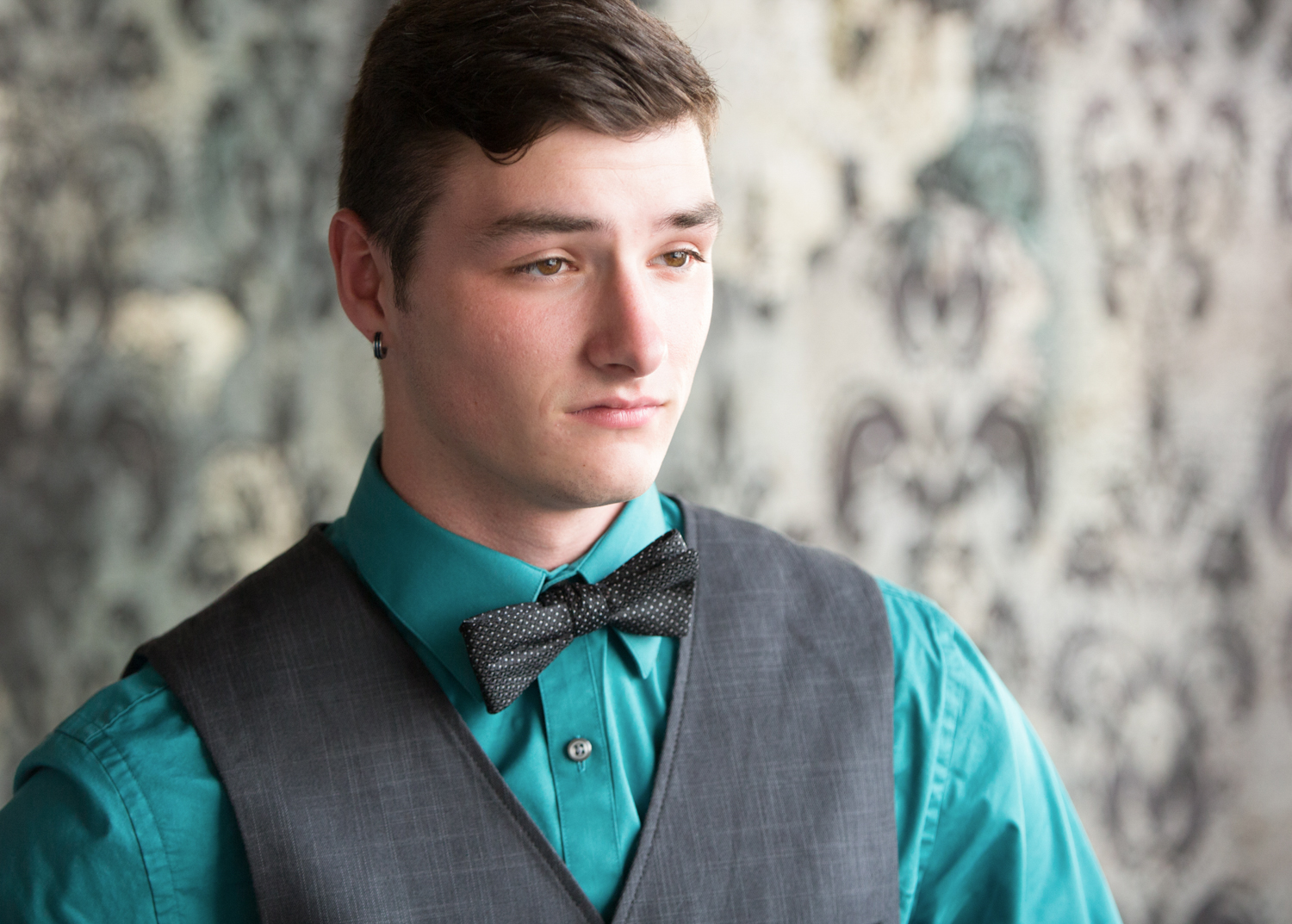 Portrait-HIgh-School-Seniors-boy-young-man-with-bow-tie-looking-concerned-203.jpg