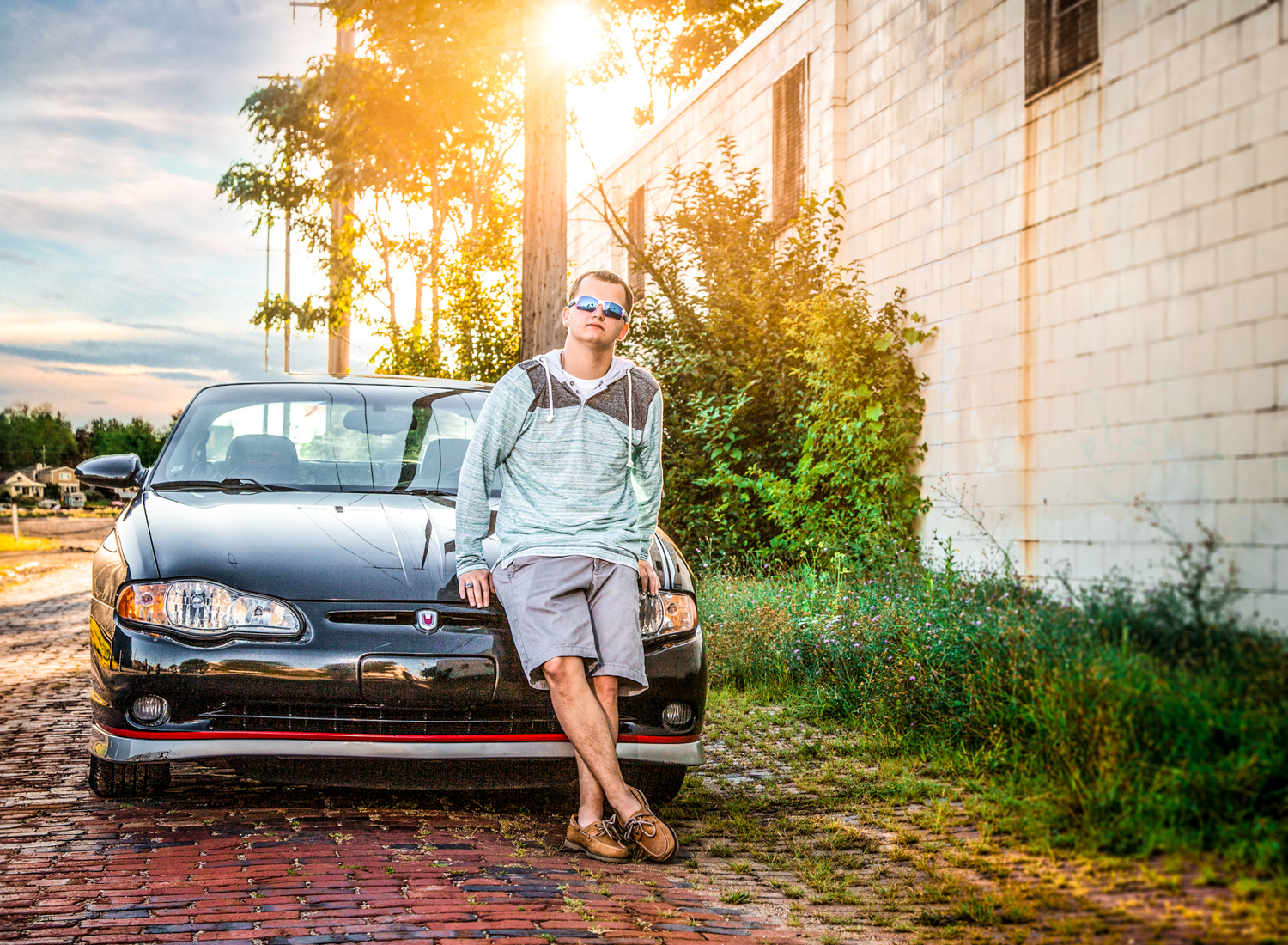 Portrait-HIgh-School-Seniors-Portrait-High-School-boy-with-car-at-sunset-228.jpg