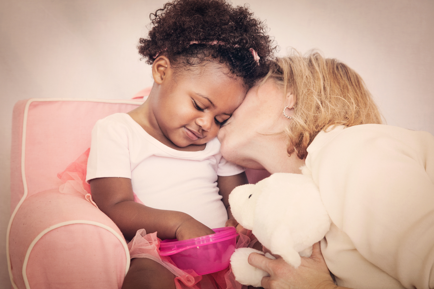 Portrait-Mothers-and-Daughters--interacial-mom-and-baby-daughter-loving-each-other-and-kissing-079.jpg