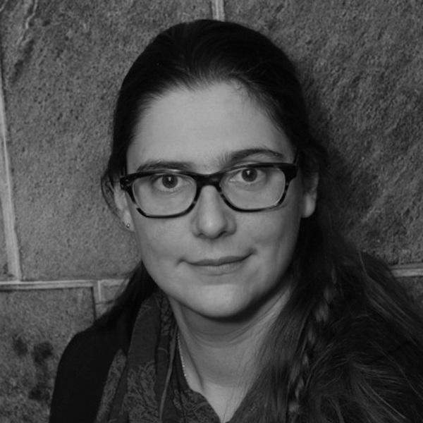 JULIA BOUWSMA -