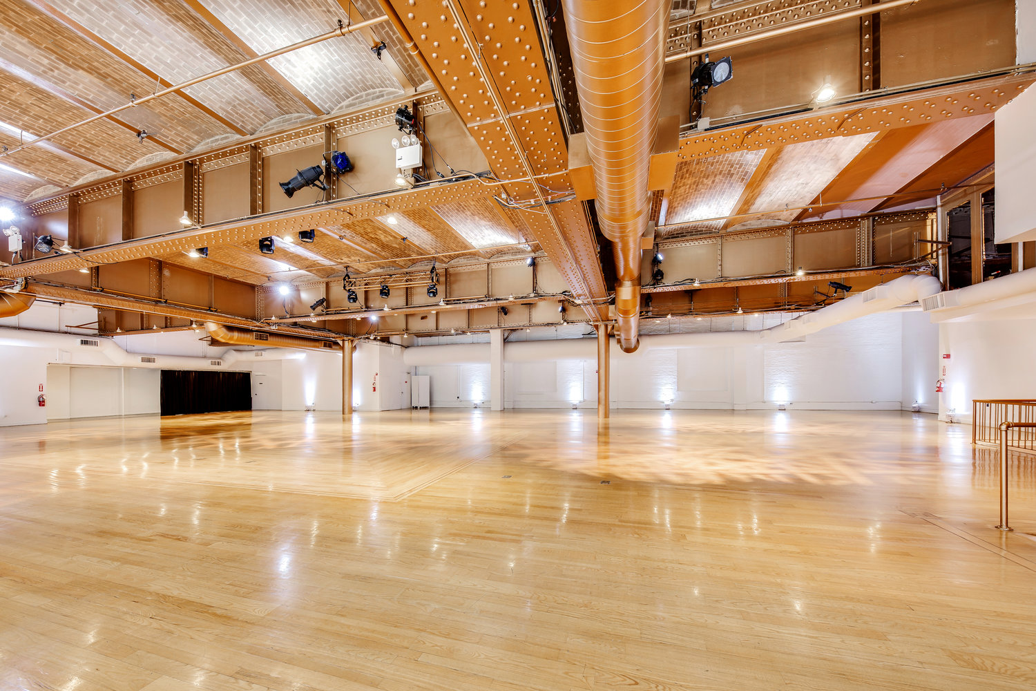 ALTMAN BUILDING - 13,000 square foot space located in Manhattan ideal for events and presentations, with a column-free space affording versatility