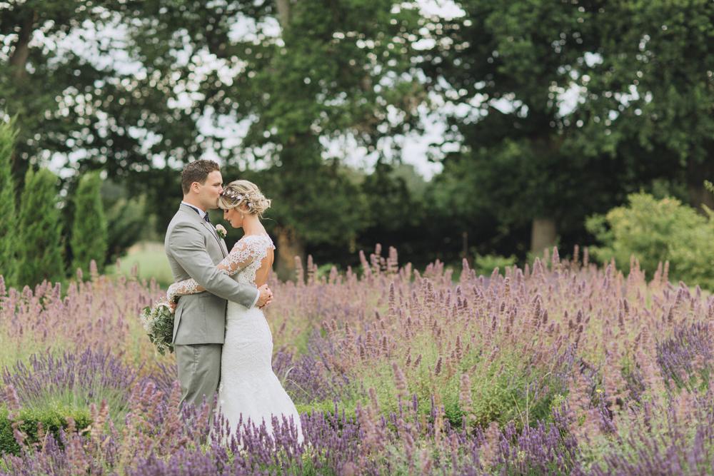Lacewood-Wedding-Photography-07.jpg