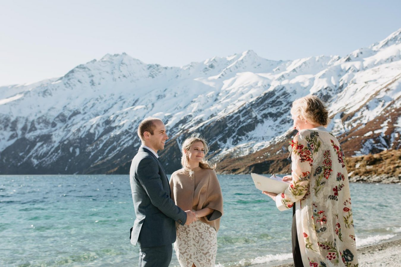 glenorchy_helicopter_elopement_dawn_thomson-26_WEB-1350x900.jpg