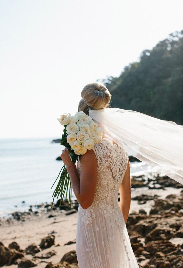 13-bride-back-lace-dress-bouquet.jpg