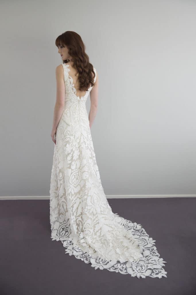 Vinka_Design_Wedding_Dress_290916243-683x1024.jpg