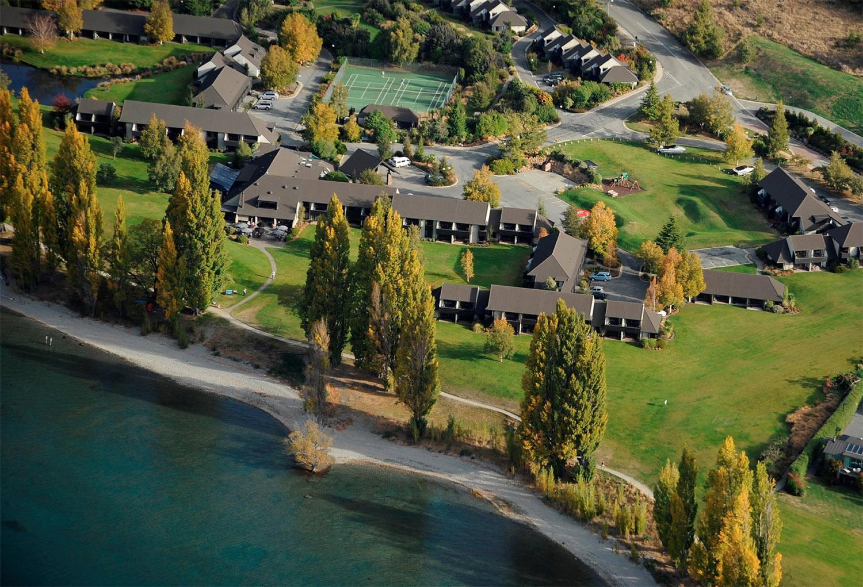 edgewater-resort-wanaka.jpg