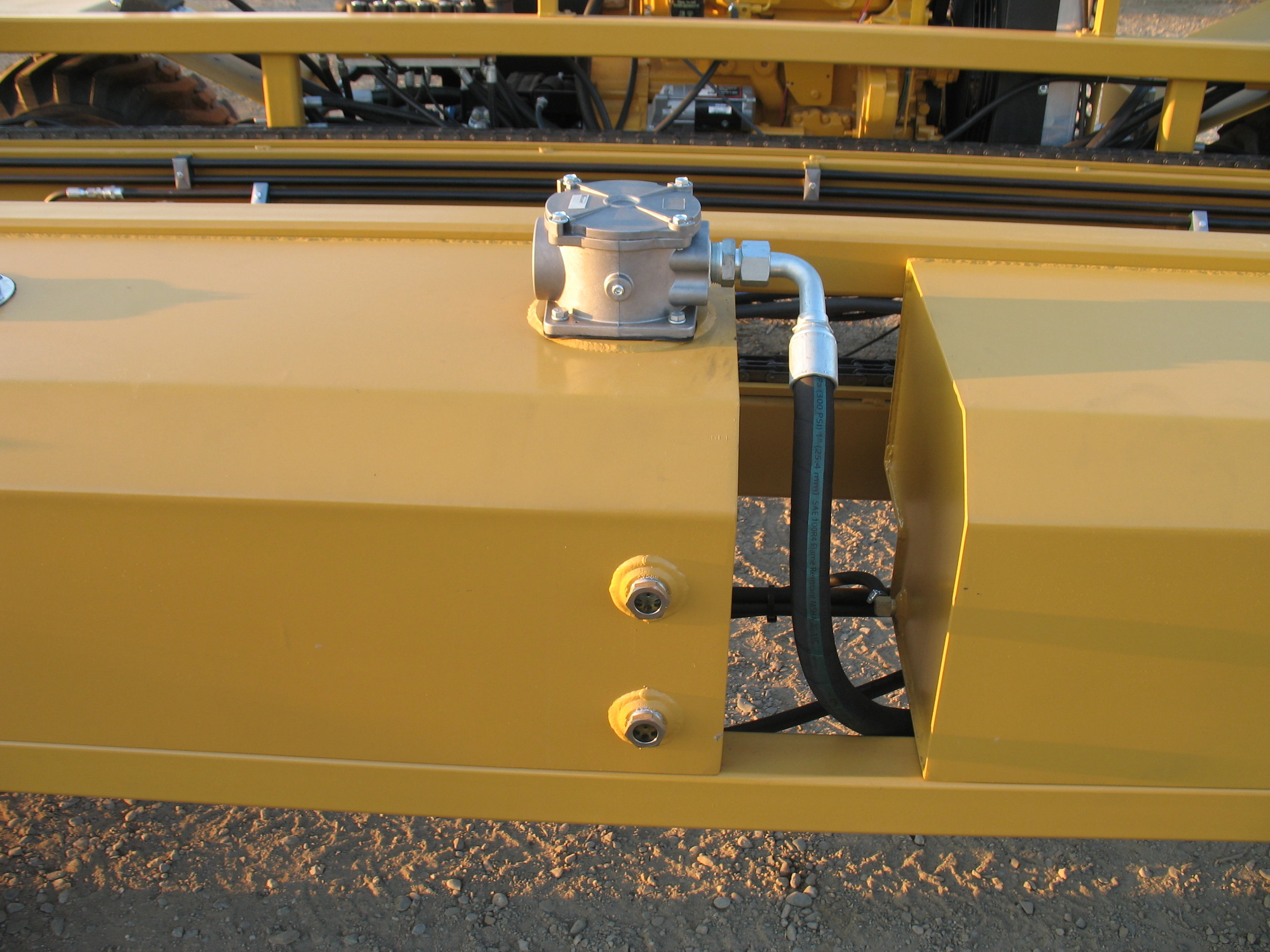 7BW WHEEL MOTOR BIN CARRIER (11).JPG