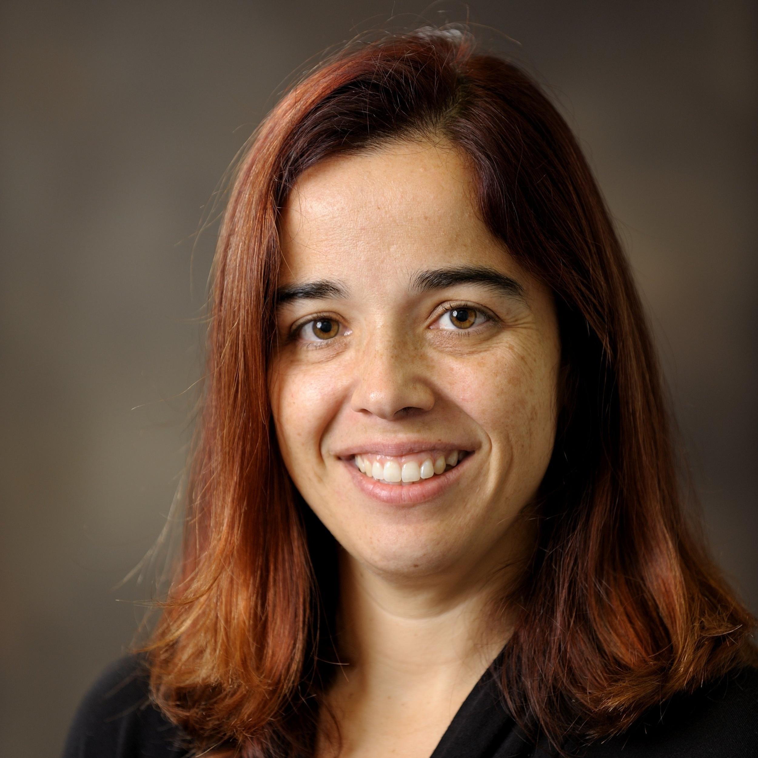 Mariana Silva |   Faculty Advisor