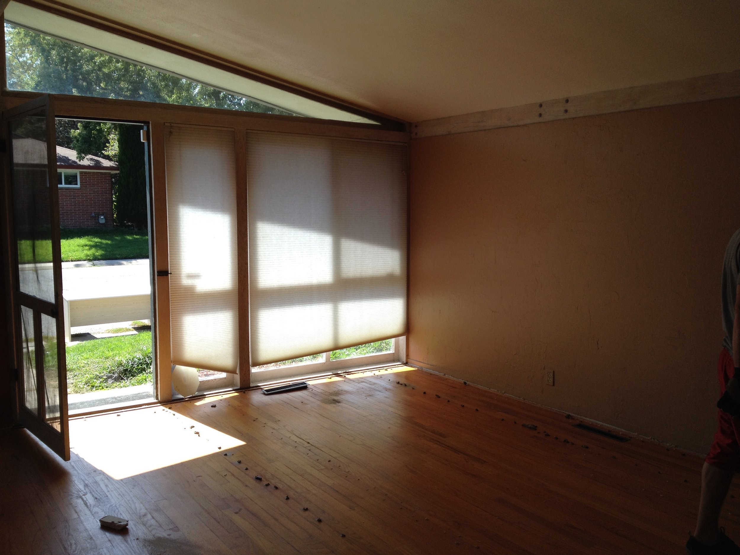 Front Windows Before.jpg