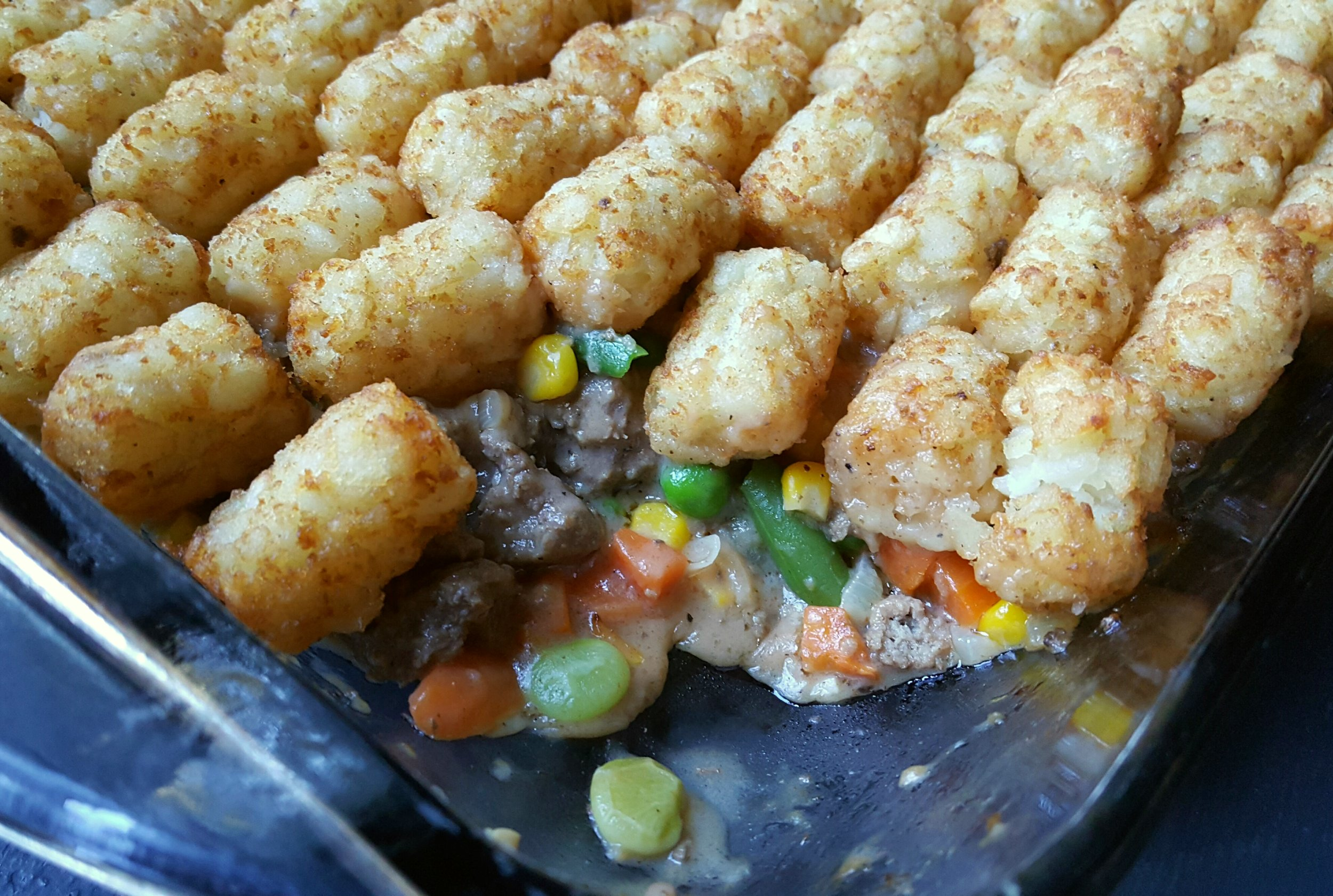 Our Retro Tater Tot Casserole is a fresh twist on a classic casserole. We ditch canned condensed soup and make our own creamy, savory sauce from scratch. And it's totally oven- and microwave-ready. Just heat, eat and enjoy.