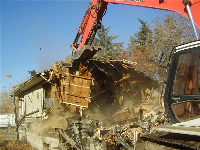 Residential Demolition Revlyn 3.jpg