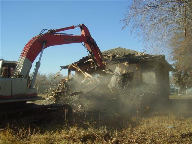Residential Housing Demolition Revlyn 2.jpg