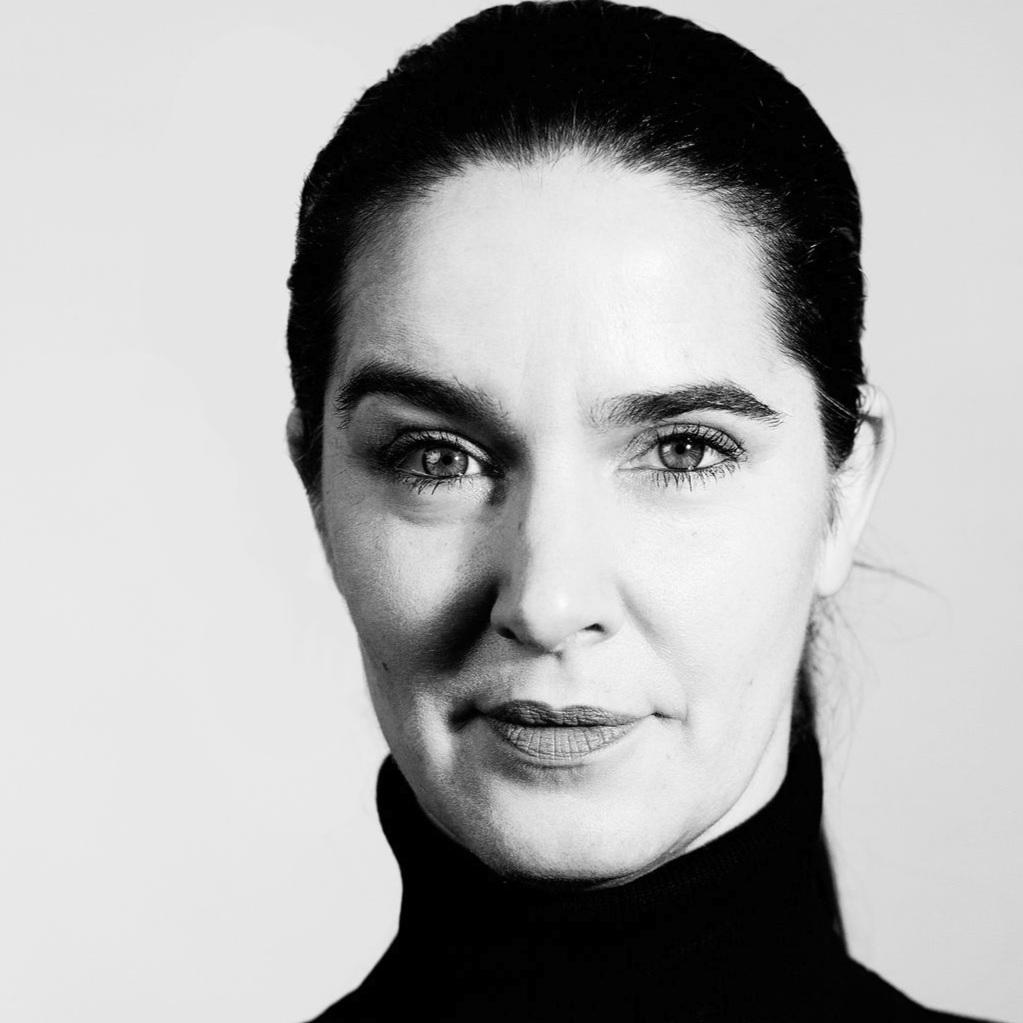 Juliana Fuhrmann   Schulleiterin Schauspielgrundlagen, Rolle und Szene