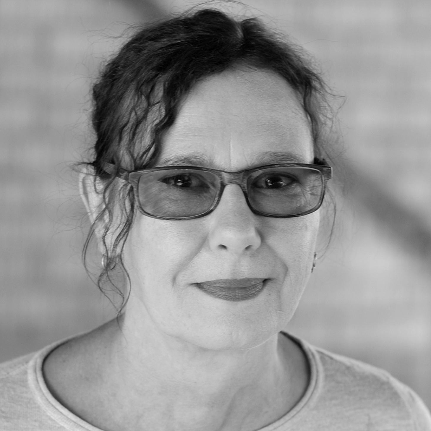 Tatjana Räuker   Schulleiterin Schauspielgrundlagen, Rolle und Szene