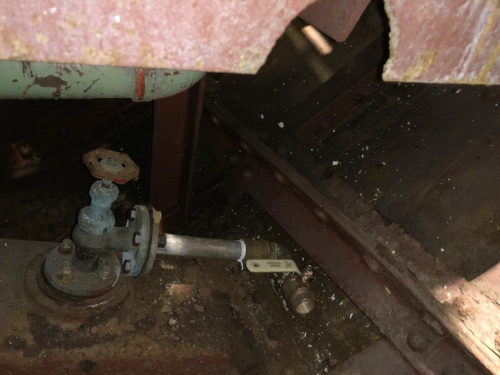We added a new bronze valve from the outside water supply on the aft seachest. This line will feed our potable water filters and watermaker.