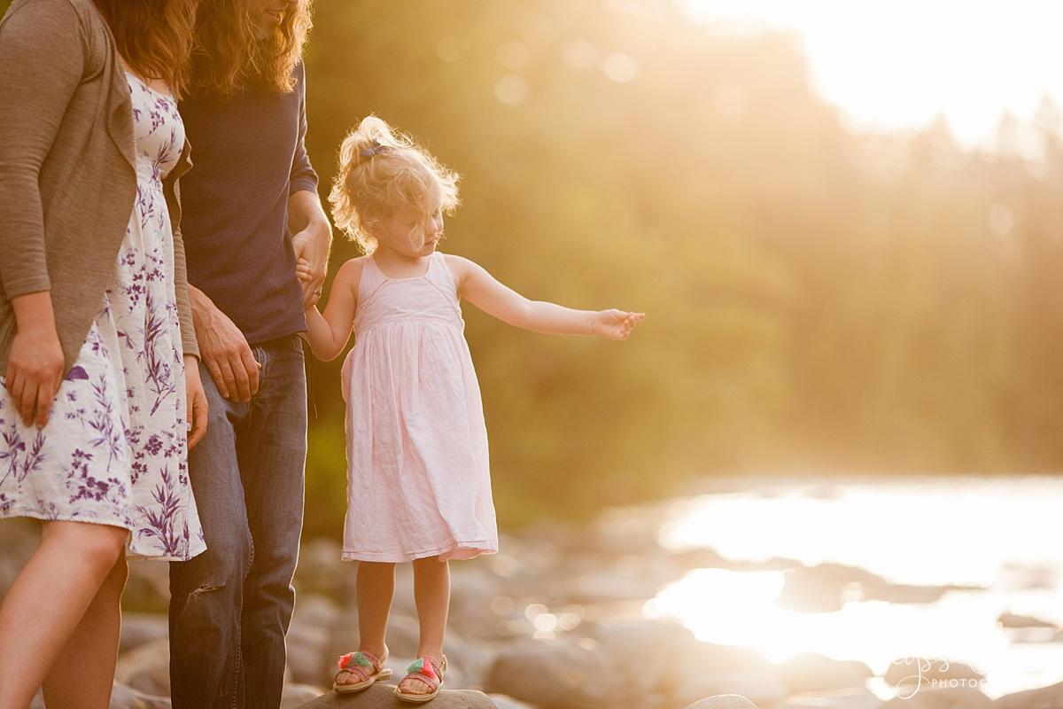 Snoqualmie-Family-Photographer-family-of-3-adoption-photos-11