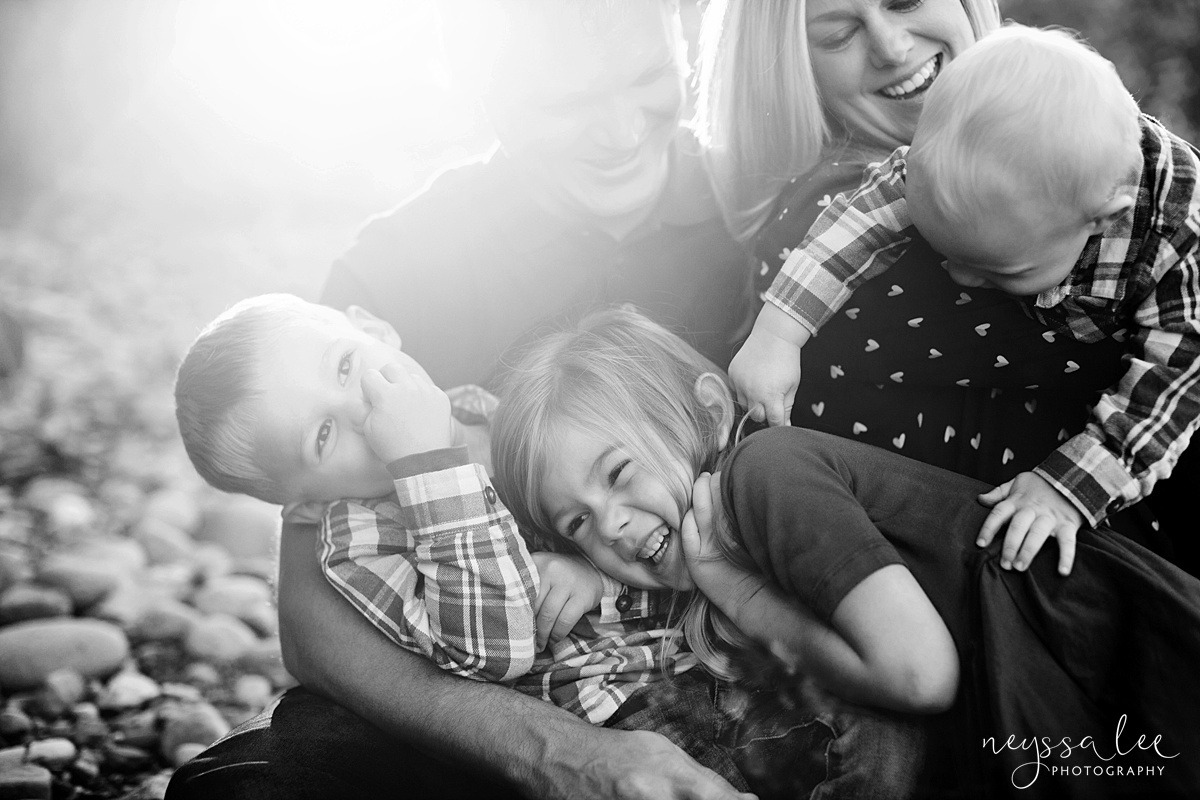 Snoqualmie Family Photographer, Neyssa Lee Photography, Family of 5 tickle fight